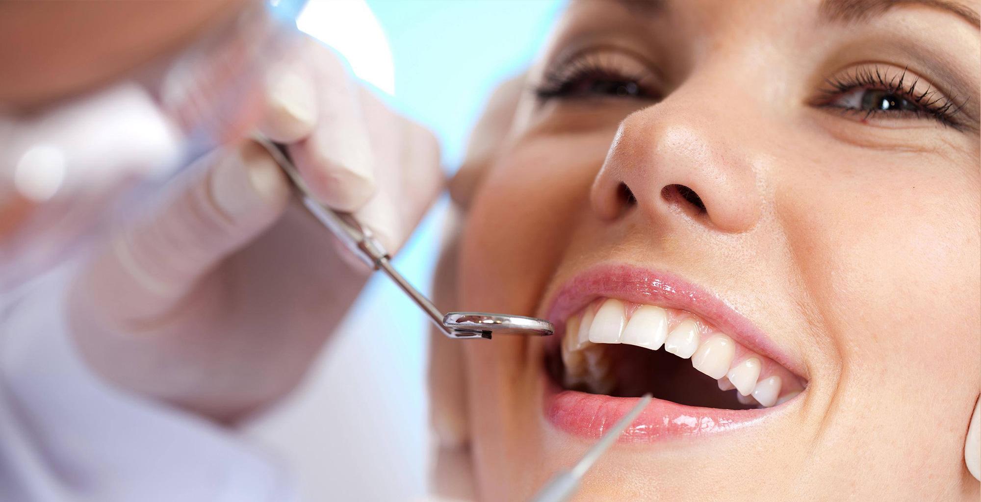 rozaweb.com-Dentist-ترک-خوردگی-دندان-2